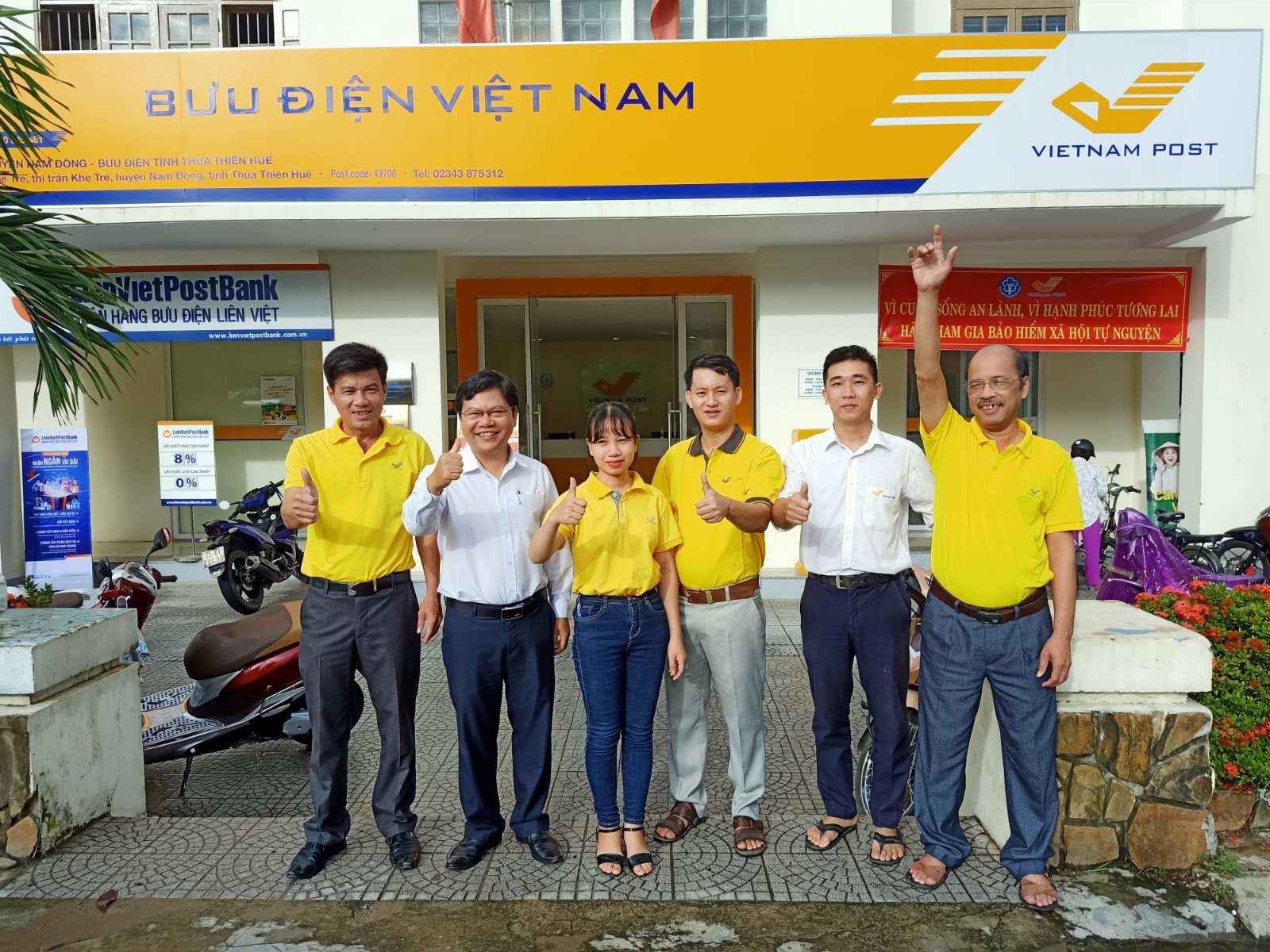 Lễ ra quân tuyên truyền và phát triển người tham gia BHXH tự nguyện tại Bưu điện huyện Nam Đông