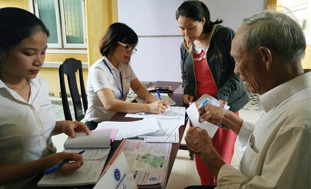 Người dân đăng ký tham gia BHXH tự nguyện ở TP. Huế ngày càng nhiều